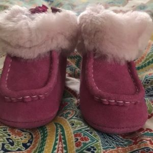 Baby Ugg Size 0/1 - New Without Tags